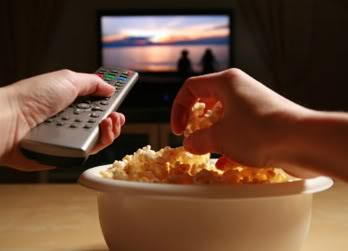 eating-while-watching-tv
